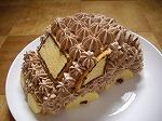 誕生日。車のケーキ。