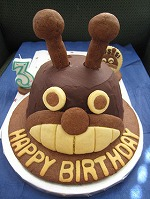 祝3歳 「ばいきん城」のバースデーケーキ