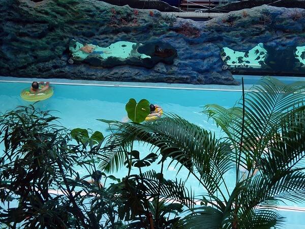 ハワイアンズのプール